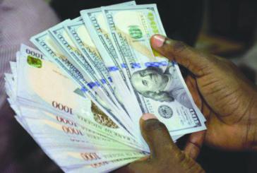 Naira hits 500/dollar